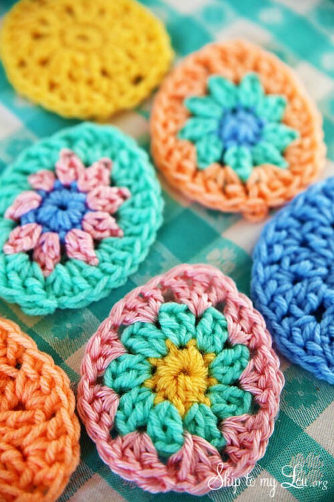grinalda de ovos, peças em crochet para a páscoa