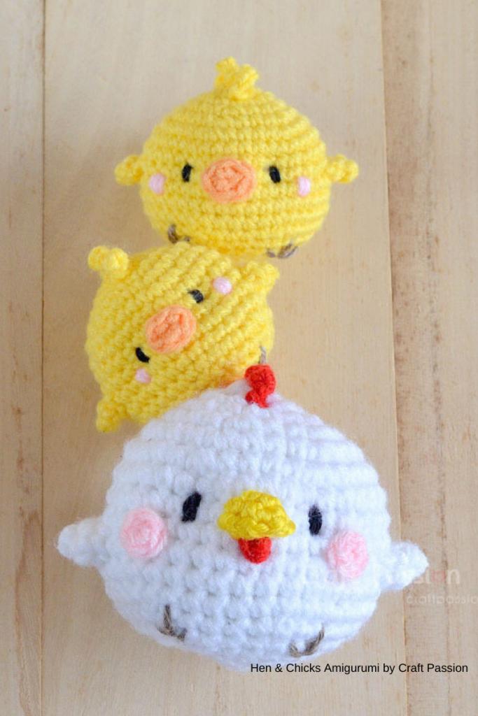 pintainho e galinha de craft passion, peças em crochet para a páscoa